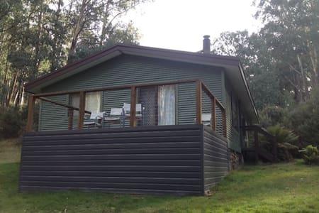 Melaleuca Cottage - Howmans Gap - Hus