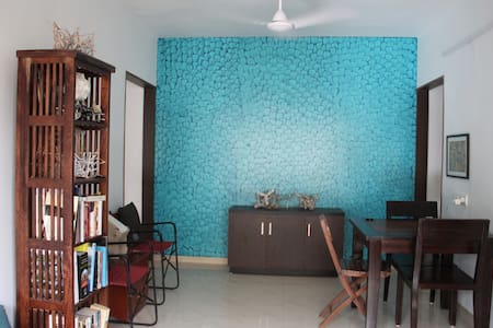 The Bombay Experience-a quaint studio, Juhu beach - Lejlighed