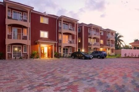 Paradise Place GuestRooms - Kingston - Apartamento