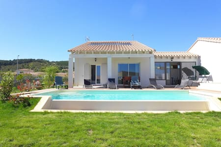 Holiday home with pool in Narbonne
