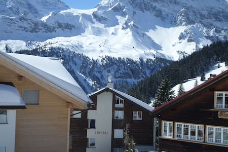 Apartment with balcony and lovely mountain view! - Mürren - Apartment