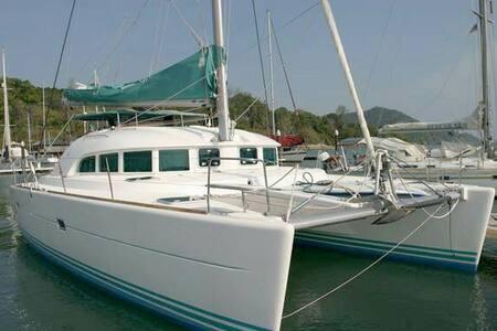 Catamarano il Sogno - Båt