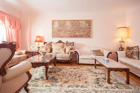A Luxury Suit with  Private  Bath - Mississauga - Villa
