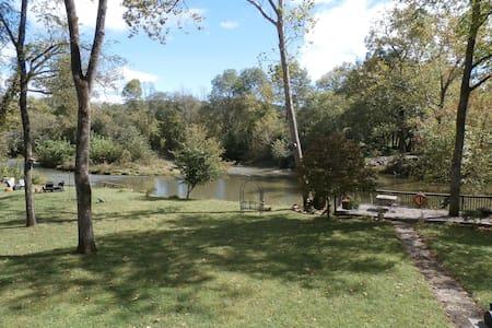 Buice River Cabins - Cabana