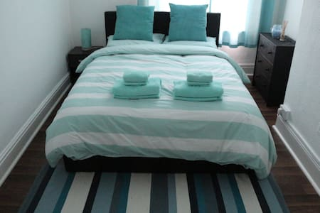 Beautiful & centric big double room