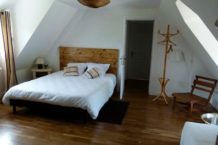 LBVD - Chambre Chocolat - Bed & Breakfast