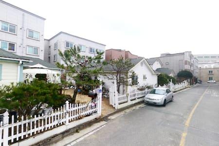 [Studio Gwangju #3] Cozy&Clean, 광주 - House
