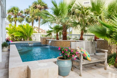 Galveston Canal House with Pool - Jamaica Beach - Casa
