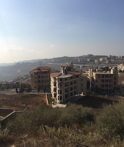Calm location with view in Bhamdoun - Apartment