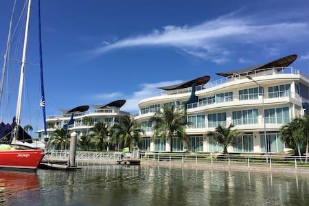 KRABI BOAT LAGOON PENTHOUSE - Apartment