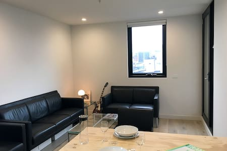 One Bedroom Apartment - Fitzroy - Apartment