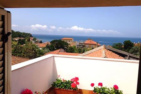 Appartamento vista mare a San Marco - Lägenhet