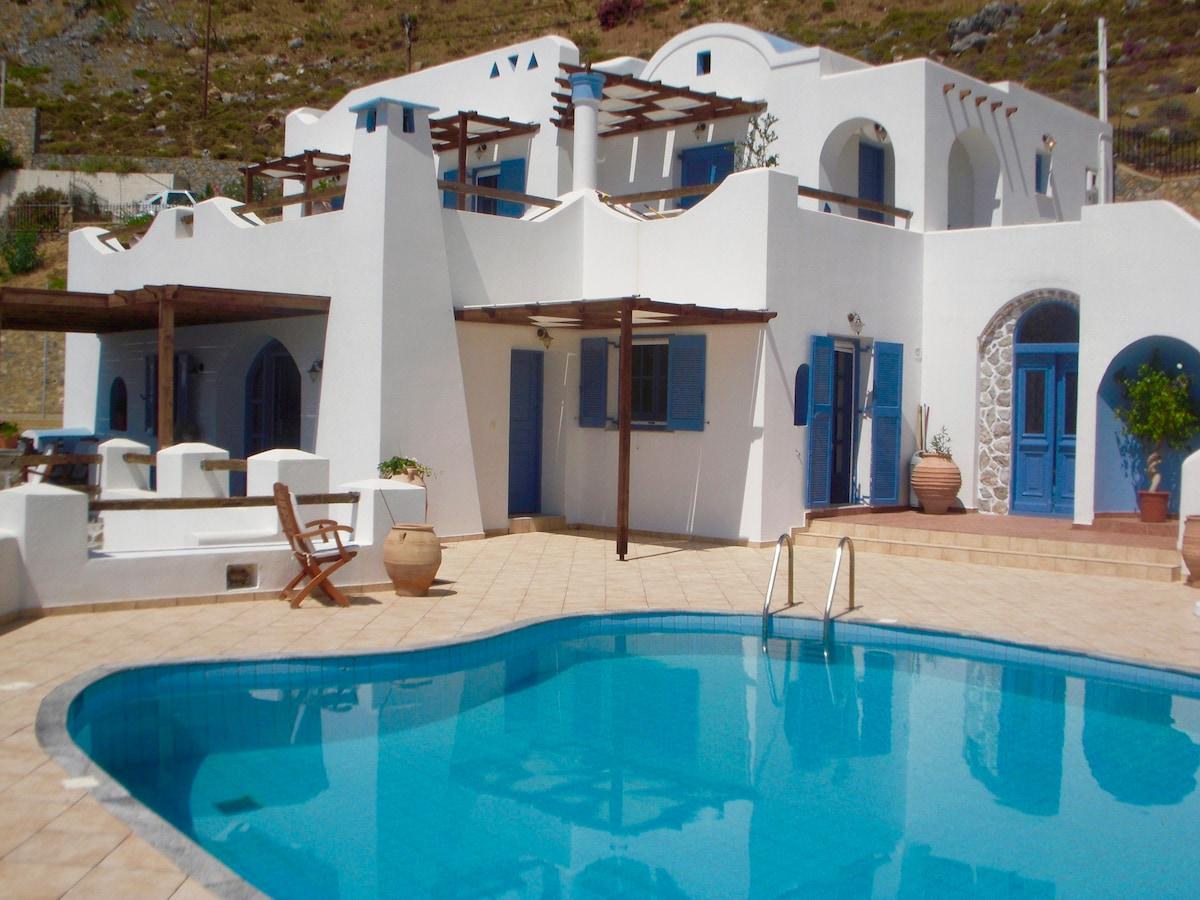 Дом на берегу океана Калимнос
