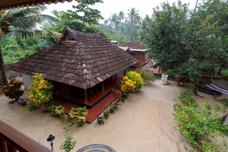 Heritage Marari - Deluxe Cottage - Villa