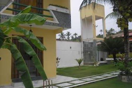 Amazing big beach house in Bahia - Ilhéus - Hus