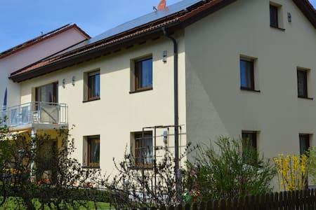 Modern eingerichtete 95 qm Wohnung - Flat