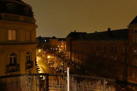 Centre ville, Maison de maitre avec balcon - Strasbourg - Huoneisto