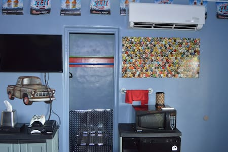 Corona Motel: Themed Rooms - Altro