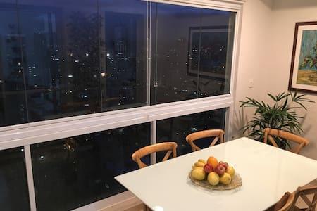 Excelente apartamento! Novinho! - Wohnung