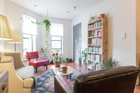 You've come to the perfect spot. Steps away from the subway, you can get here directly from JFK Airport, drop your bags, and continue your adventure into the heart of the city. Beautiful space with an open kitchen and your own bathroom.