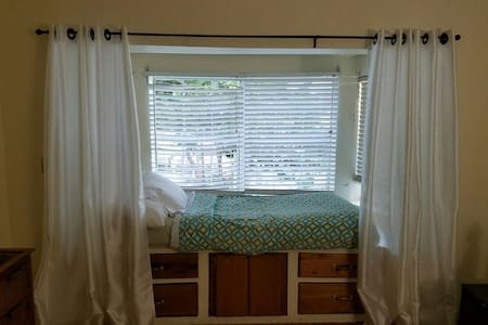 Room with a water view at mm5 - Cayo Os