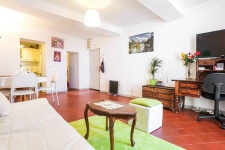 Chambre privée en plein coeur de Forcalquier - Apartmen