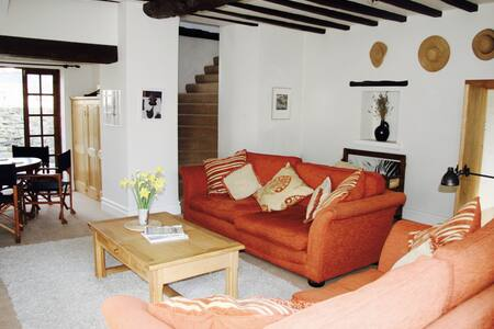 The Farmhouse, Braunton - Braunton - Casa