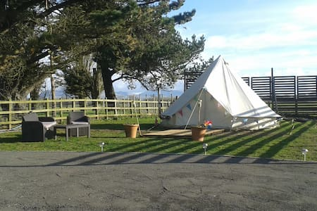 Yurt Glamping on Anglesey - Brynsiencyn - Yurt