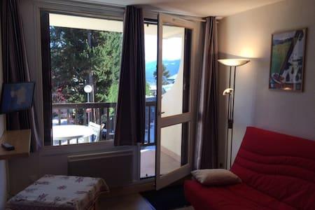 STUDIO 2-4 PERSONNES classé 2** - Apartment
