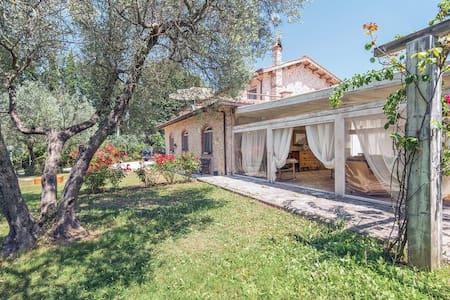 Villa Laura - Monteleone Sabino