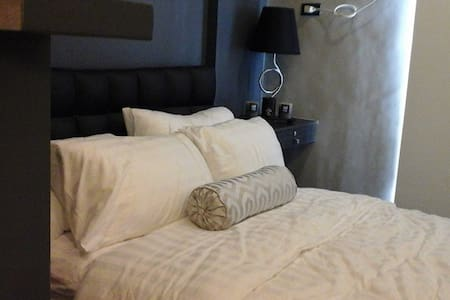 Room type: Private room Bed type: Real Bed Property type: Condominium Accommodates: 2 Bedrooms: 1 Bathrooms: 1