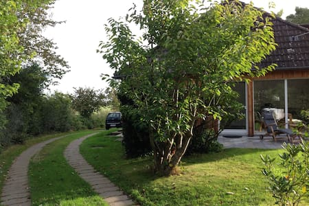 Elegantes, helles Holzhaus bei SPO - Welt