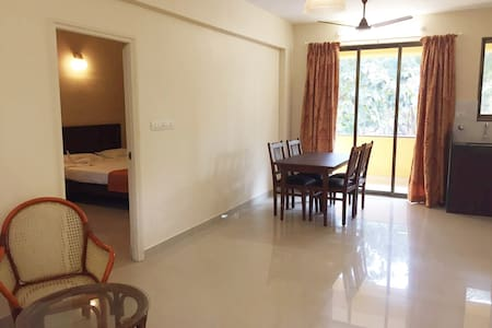 Cozy 1BHK apartment near the beach - Betalbatim