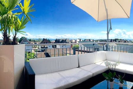 Luxurious room penthouse apartment - Lejlighed