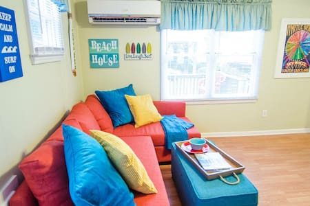 Cute Beach Cottage +Golf Cart, Wifi - Myrtle Beach - Casa