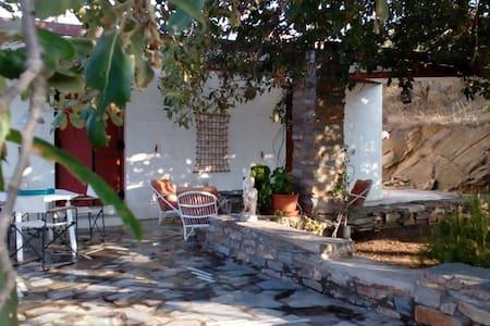 εξοχική κατοικία Κορασσανός/summer house Korassano - Hus