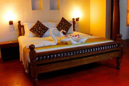 Luxury Room in a Heritage Villa - Mararikulam - Szoba reggelivel