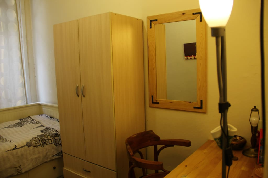 Cute Room Close To Taksim Houses For Rent In Istanbul