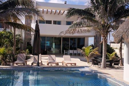 Moderna y Equipada Residencia de Playa - Chicxulub Puerto