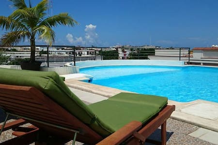 Luxury Apartment 3 blocks frm 5th Av balcony +roof - Bed & Breakfast