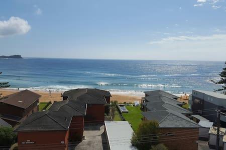 Seaview - Avoca Beach