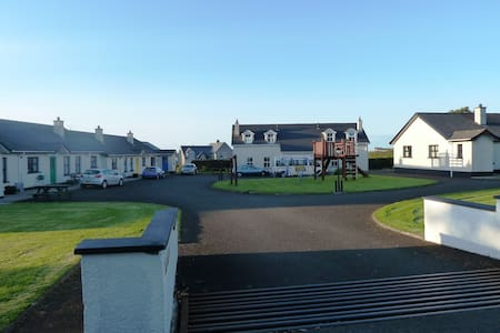 Family cottage in great location - Portrush - Hus