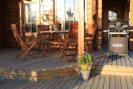 Heytjörn Log Cabin 1 - Cabin