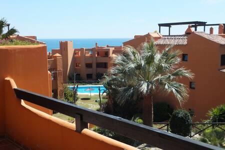 Gorgeous apartment near the sea - Apartment