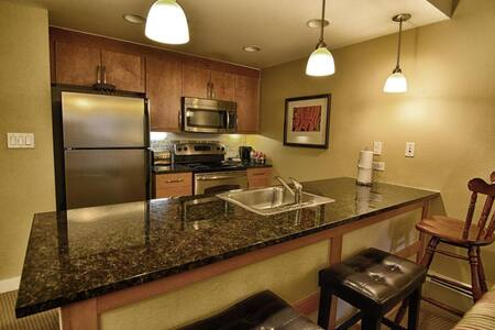 One Bedroom - Winter Park Base - Apartment