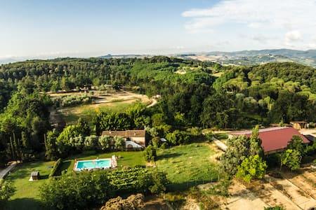 Appartamento nel verde (Glicine) - Province of Pisa - Apartemen