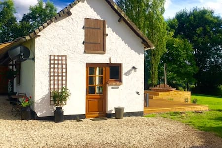 Beautful cottage in the Pays d,auge - Rumah