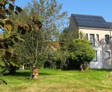 A peaceful accomodation close to Brussels - House