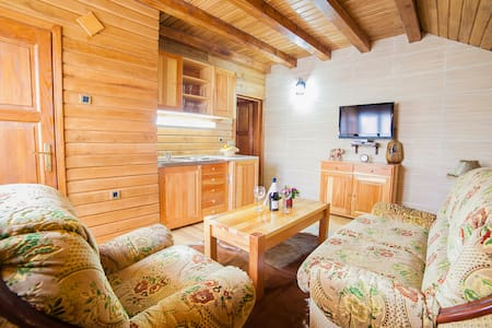 Gacka - Cute One Bedroom Cottage with Balcony - Mojkovac