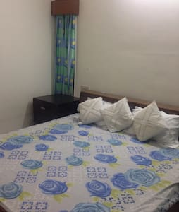 Shared Rooms for short stay - House